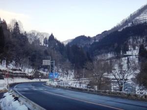 小谷の雪ー3