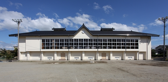 三郷中学校講堂非構造部材耐震化