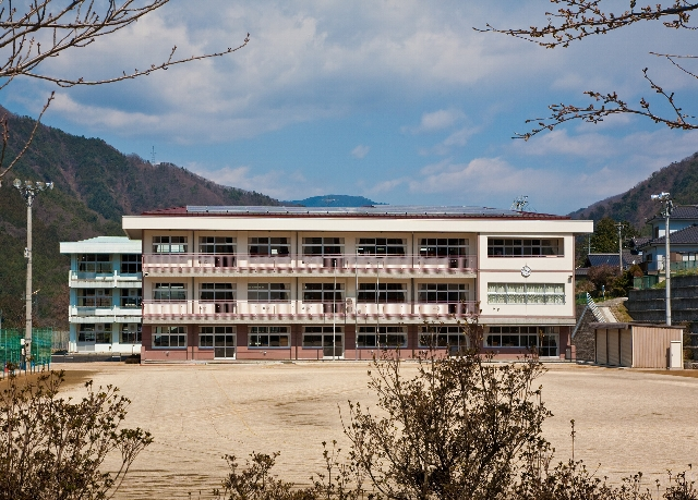 南木曽小学校 新築・改修