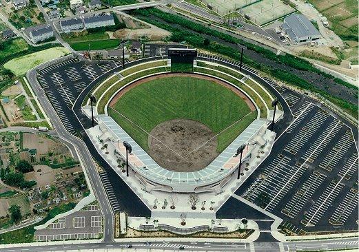 上田野球場